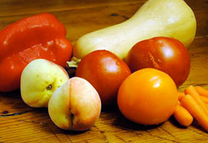 Carotenoids: Pepper Peaches Tomatoes