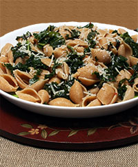 Pasta Shells with Garlicky Kale