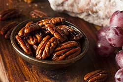 Maple Cayenne Pecans
