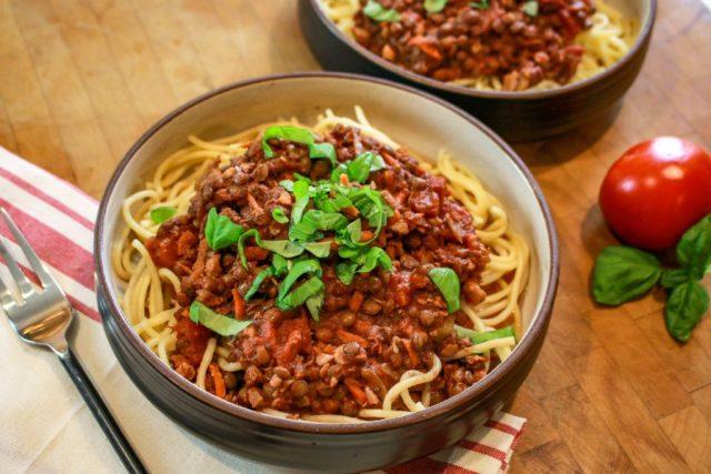 Lentil Walnut Bolognese, Lentil Walnut Bolognese with Spaghetti